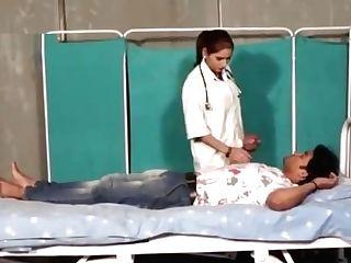 Shruthi Bhabhi As Medic
