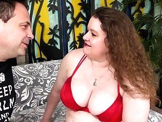 Chunky Woman Desi Dae Moist Vagina Takes Big Dick
