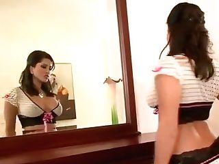 Sunny Leone Solo